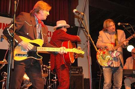 Chuck Mead, Robert Reynolds, Mark Miller