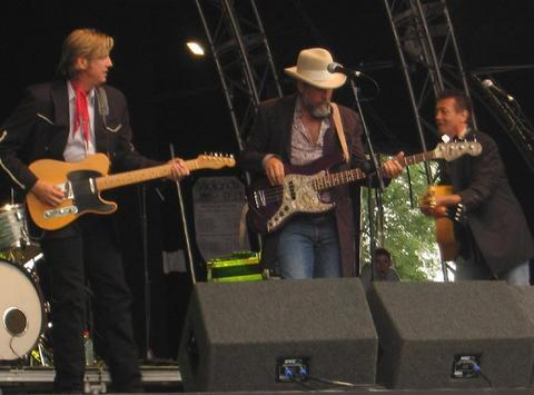 Chuck Mead, Robert Reynolds, Mark Collie